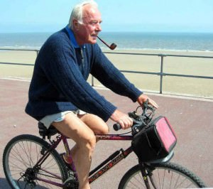 smoking-cyclist