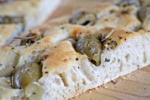 olive-focaccia