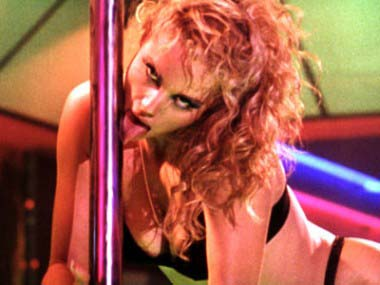 90s-films-showgirls