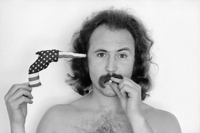 http://www.interestment.co.uk/site/wp-content/uploads/2012/02/David-Crosby.jpg