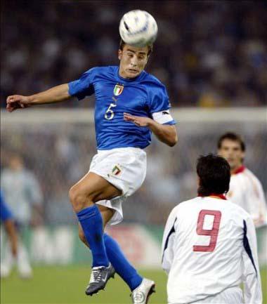 FBL-EUR2004-ITALY-SPAIN-FRIENDLY